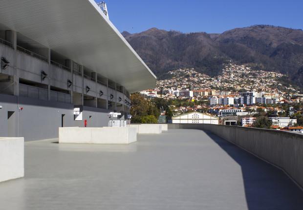 Estádio dos Barreiros – Funchal ◊ Aplicação Castan ◊ Sistema: StoPox PH DVE